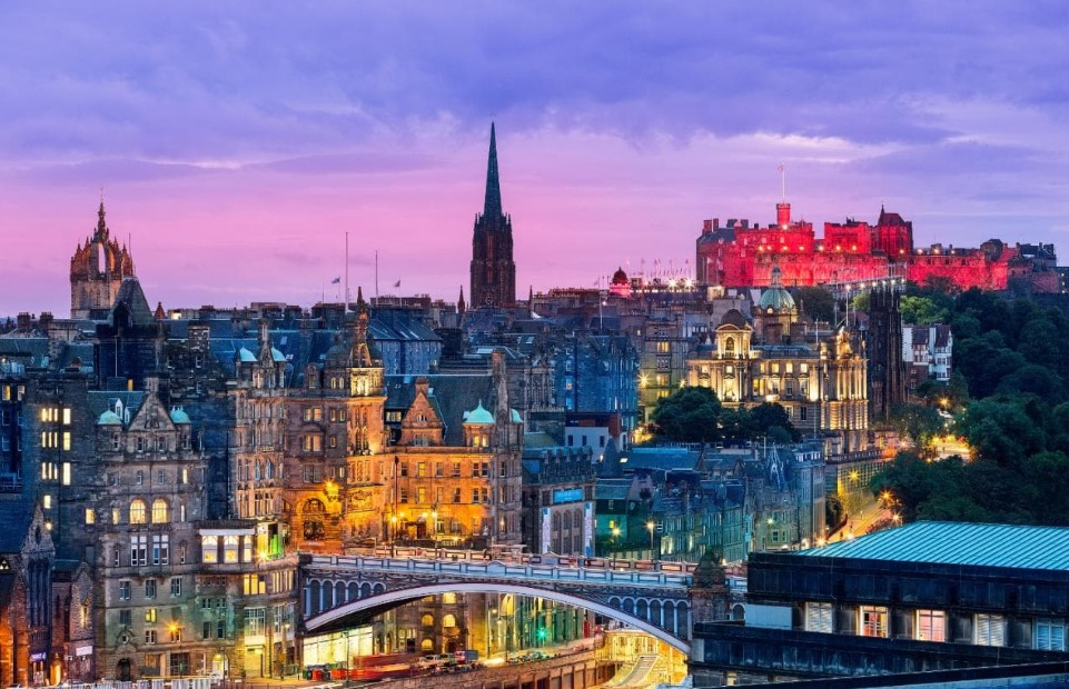 Edinburg, Scotland
